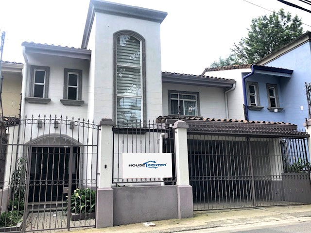 SE VENDE CASA INDEPENDIENTE EN ESCAZU CENTRO (FM-115)